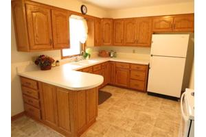 639 S 15th Ave, West Bend, WI 53095