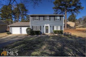 2647 Morgan Lake Dr NE, Marietta, GA 30066