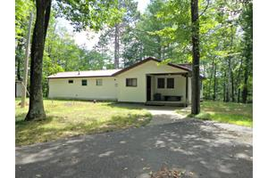 1345 Frog Ln, Florence, WI 54121