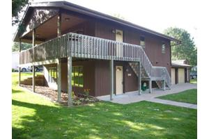 531 2nd Ave NW, Forest Lake, MN 55025