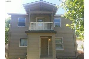 1330 N Kilpatrick St, Portland, OR 97217