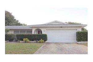 13233 88th Ave, Seminole, FL 33776