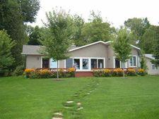 5098 W Burt Lake Rd, Brutus, MI 49716
