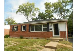1208 Buck Ave, St Louis, MO 63117