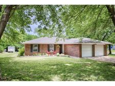 100 Pinewood Dr, Tuttle, OK 73089