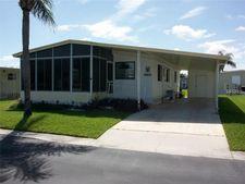 10834 Union Dr, Port Richey, FL 34668