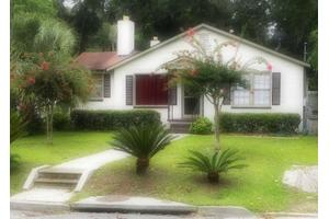 2615 Livingston Ave, Savannah, GA 31406