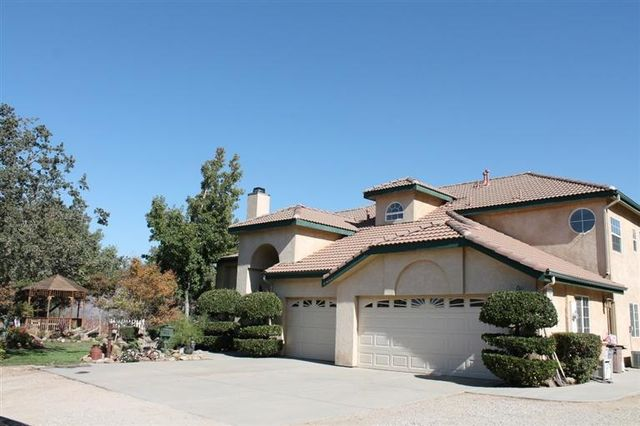 26155 Clear Creek Rd, Tehachapi, CA