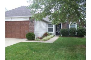 4327 Strawflower Dr, Indianapolis, IN 46203