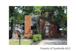 3916 Foster Dr, Fayetteville, NC 28311