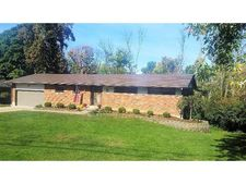 10616 Knollview Dr, Evendale, OH 45241