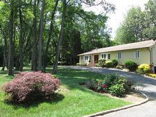 19 Berry Hill Rd, Oyster Bay Cove, NY 11771