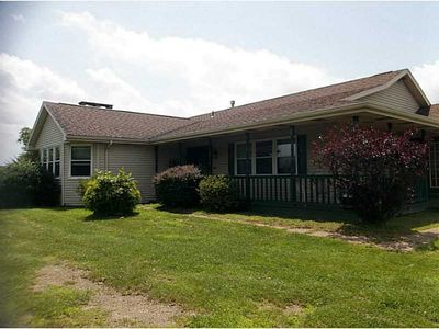 1337 Willowbrook Rd, Rostraver, PA 15012