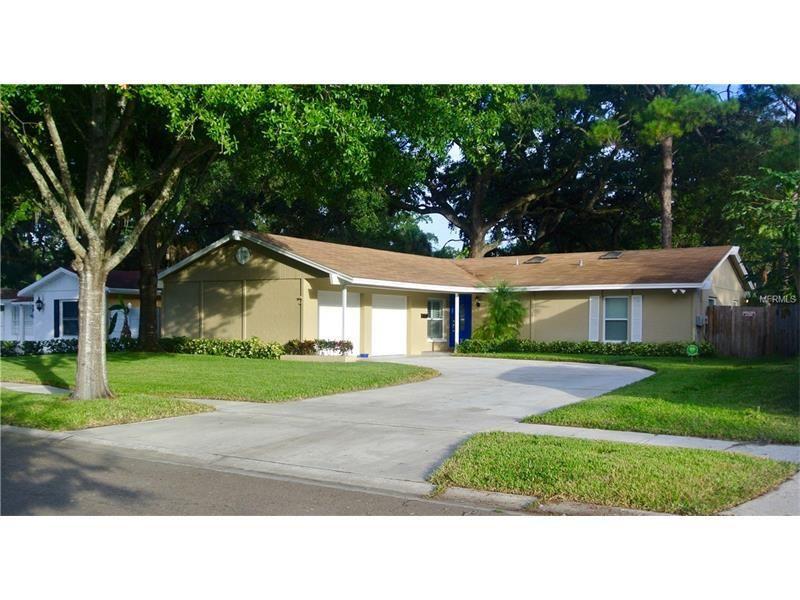 8015 W Pocahontas Ave Tampa, FL 33615