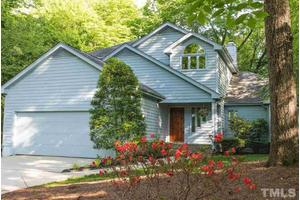 101 Birkhaven Dr, Cary, NC 27518