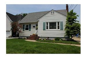 165 Summit Ave, Fords, NJ 08863