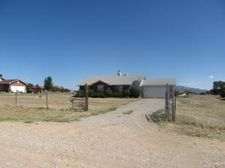 27 Mustang Rd, Edgewood, NM 87015