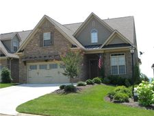 1241 Bishops View Ln, Knoxville, TN 37932