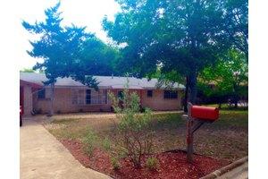 116 Poco Vista Dr, Kerrville, TX 78028