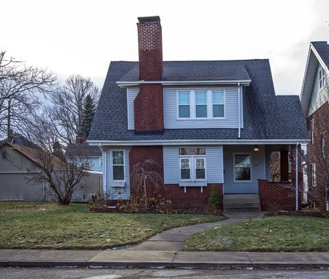1351 Yale Ave Nw, Canton, OH 44703