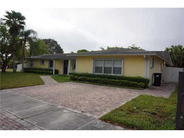 11174 sw 112th ter miami fl 33176 4 beds 3 baths home