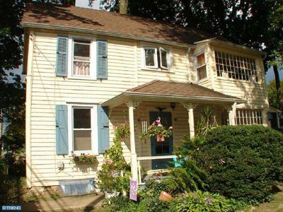 607 Manchester Ave, Media, PA