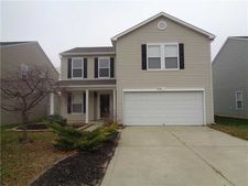 2136 Olympia Dr, Franklin, IN 46131