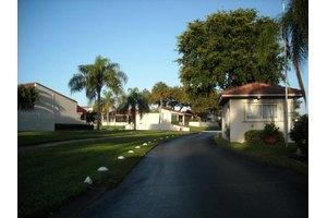 2601 Boundbrook Blvd Apt 109, West Palm Beach, FL 33406