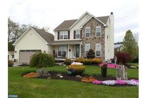 15 Island Rd, Monroeville, NJ 08343