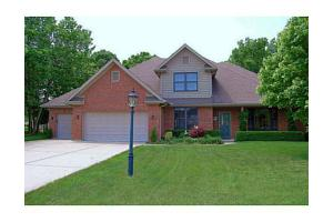 361 Countryside Dr N, Troy, OH 45373