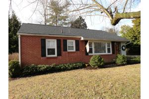 114 Timothy Ave, Clinton, TN 37716