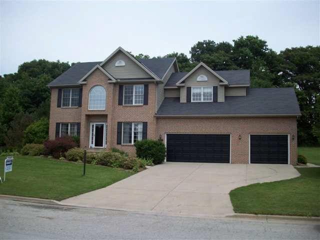 13783 Deer Ridge Rd, Bloomington, IL