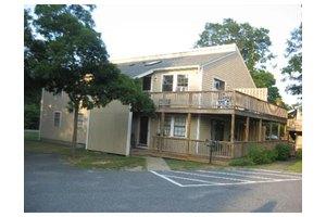 659 Main St, Mashpee, MA 02649 - 3 beds 3 baths home ...