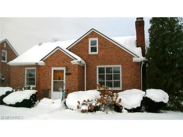 1560 Holmden Rd, South Euclid, OH 44121