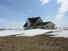 8550 161st Ave Ne, Drayton, ND 58225