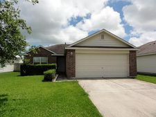 9103 Amberjack Dr, Texas City, TX 77591
