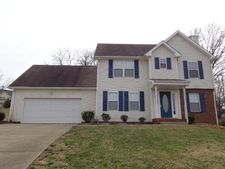 210 Cody Ct, Clarksville, TN 37043