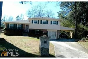 5639 Deerfield Ct, College Park, GA 30349