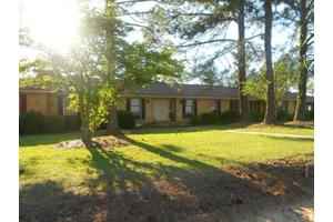 223 Hill Rd, Ashburn, GA 31714