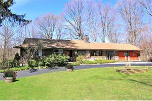 Photo of 2465 Trelawn St,Yorktown Heights, NY 10598
