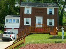 211 Mcmurray Rd, Upper Saint Clair, PA 15241