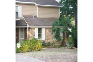 2407 Lakecrest Dr, Shreveport, LA 71109