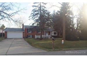 3945 Cone Ave, Rochester Hills, MI 48309