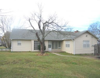 8808 Moody Rd, Fort Smith, AR 72903