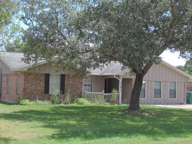 Man Cave Victoria Tx : Dove victoria tx home for sale and real
