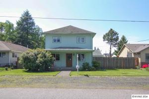 308 Stanley St, Amity, OR 97101