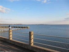3 Harbour Close, New Haven, CT 06519