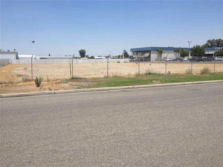Bakersfield Auto Mall >> 2800 Auto Mall Dr Bakersfield Ca 93313 Realtor Com