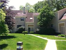 100 Sandy Point Rd, Old Saybrook, CT 06475