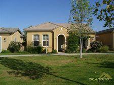 10119 Oldham Ln, Bakersfield, CA 93306
